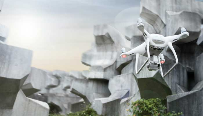 kvadrokopter dji phantom  advanced