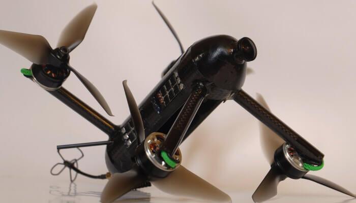 VX1 kvadrokopter - Топ 5 самых быстрых гоночных квадрокоптеров в мире.