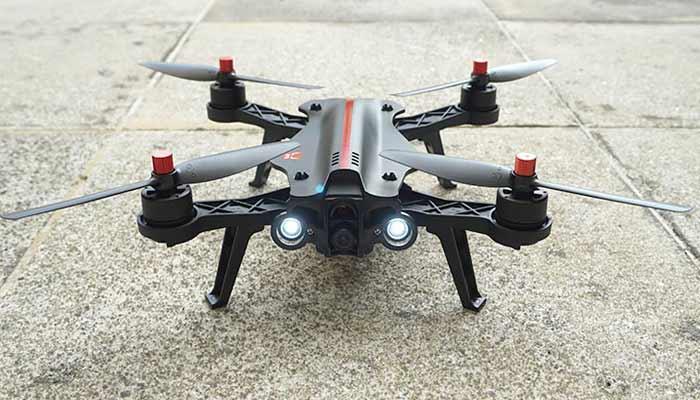 MJX Bugs 8 s kameroj