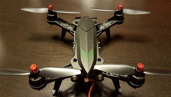 MJX Bugs 6 kopter