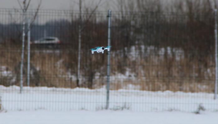 HK H150 dron v polete