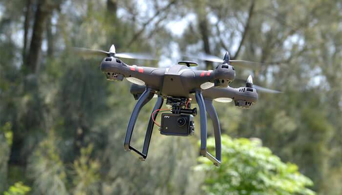 Bayangtoys X21 obzor drona