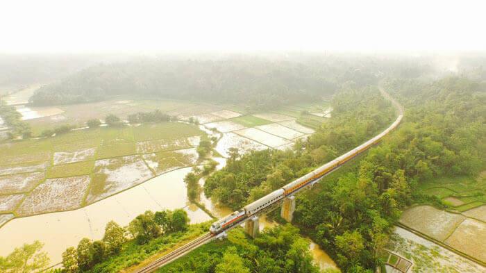 ZHeleznodorozhnyj most cicongkok