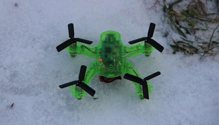 Eachine Q90C dron