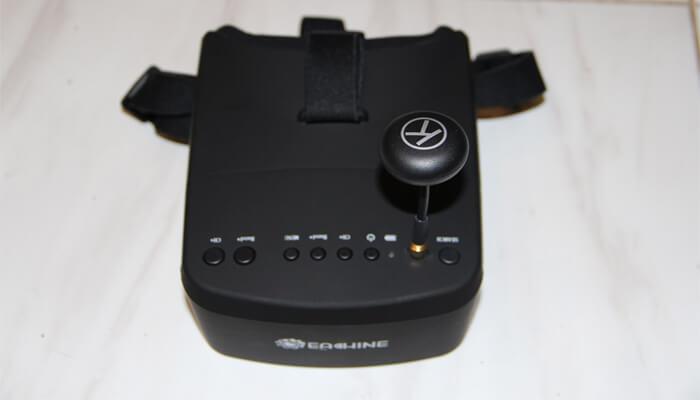 Eachine EV800 s antenoj